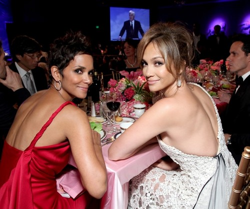 Halle Berry & Jennifer Lopez [2010]