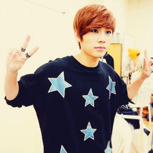 http://images6.fanpop.com/image/photos/33300000/Ilhoon-btob-born-to-beat-33394403-500-500.jpg