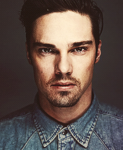 jay ryan accent