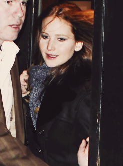 Jennifer leaving the SNL after party, January 19