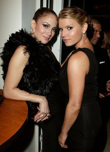 Jessica Simpson & Jennifer Lopez [2010]