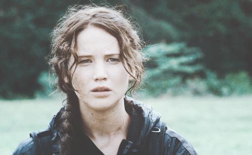 凯特尼斯·伊夫狄恩 壁纸 entitled Katniss Everdeen