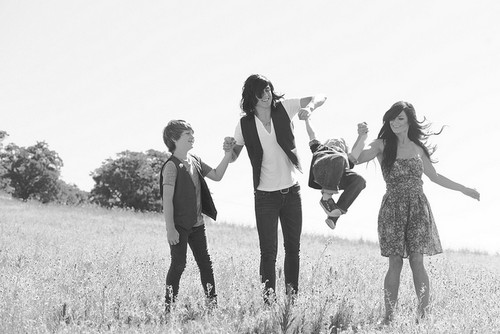 Kellin Quinn and his family