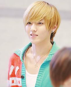 Kris (EXO-M)
