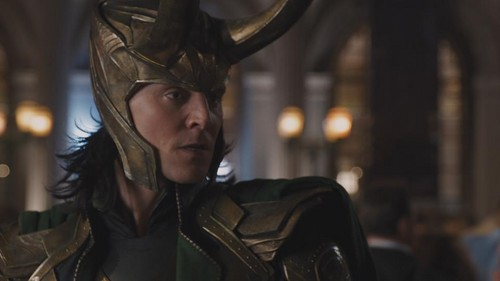 Loki (Thor 2011) वॉलपेपर probably containing a hip boot, a street, and a टैबर्ड titled Loki