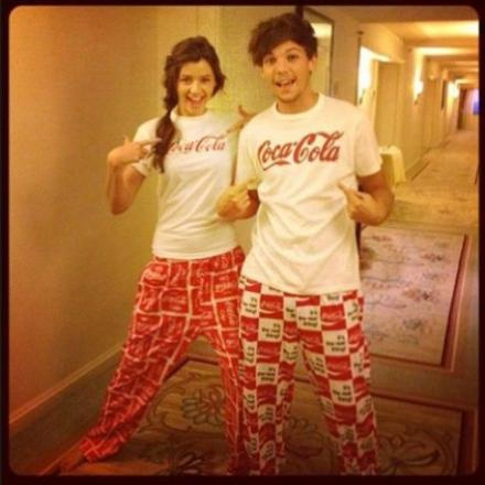 http://images6.fanpop.com/image/photos/33300000/Louis-Tomlinson-and-Eleanor-Calder-one-direction-roleplay-33396917-440-440.jpg