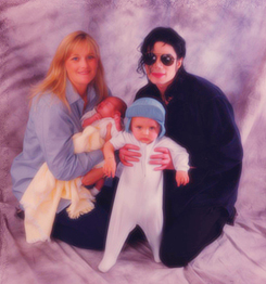 Michael, Debbie, Prince & Paris (family)
