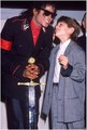 Michael and his fans - michael-jackson photo