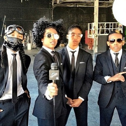 Mindless Behavior kertas dinding containing a business suit called Mindless Behavior 2013