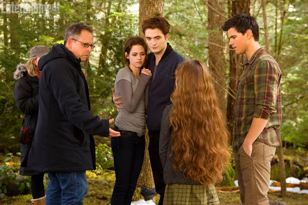 "New ""Breaking Dawn, Part 2"" BTS photo."