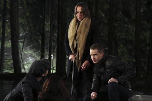 Once Upon a Time 2x12 - In The Name of the Brother - Promotional تصاویر
