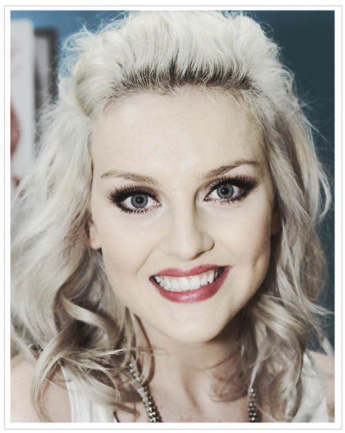 http://images6.fanpop.com/image/photos/33300000/Perrie-3-perrie-edwards-33321497-500-627.png