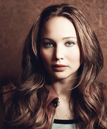 Portrait of Jennifer Lawrence, New York City, January 2013 kwa Joey L
