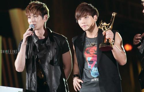 SHINee @ 27th Golden Disk Awards