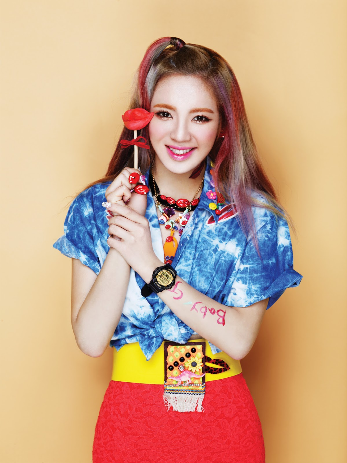 Girls generation snsd snsd kiss me baby g by casio hyoyeon