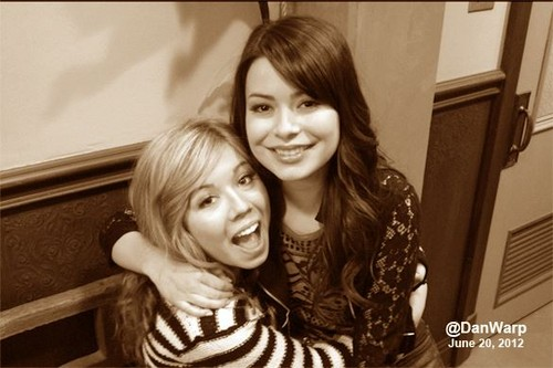 Sam and Carly ♥