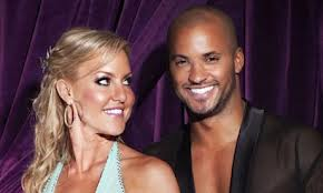 Team Pic Natalie Lowe & Ricky Whittle 2009