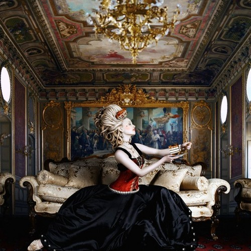 The Regal Twelve - Marie Antoinette
