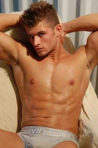 Tyler Bachtel - male-models Photo