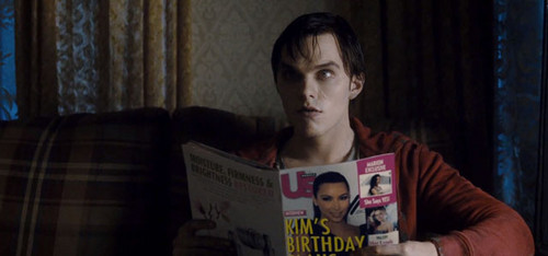Warm Bodies Movie fond d'écran probably containing a newspaper called Warm Bodies - R