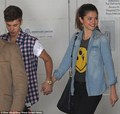 jelena ♥ - justin-bieber-and-selena-gomez photo