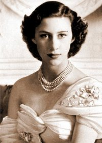Ratu Elizabeth II kertas dinding probably with a boater, a fedora, and attractiveness called Queen elizabeth ii