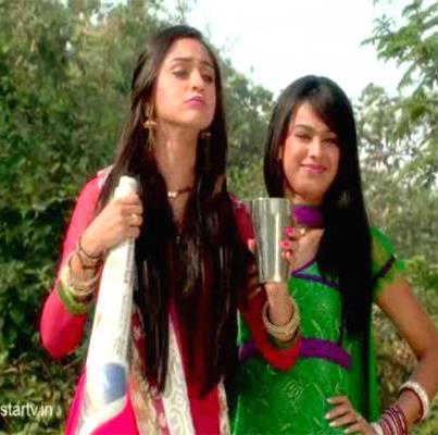 Ek Hazaaron Mein Meri Behna Hai Hintergrund called sisters