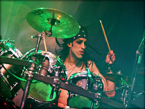 Christian Coma hình nền with a drummer, a snare drum, and a âm bass, tiếng bass, bass drum entitled ★ CC ~ January 2013 ☆