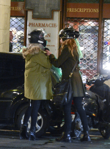 amber heard wallpaper with a rua and a chainlink fence entitled [January 17th] Shopping with Marie De Villepin in France