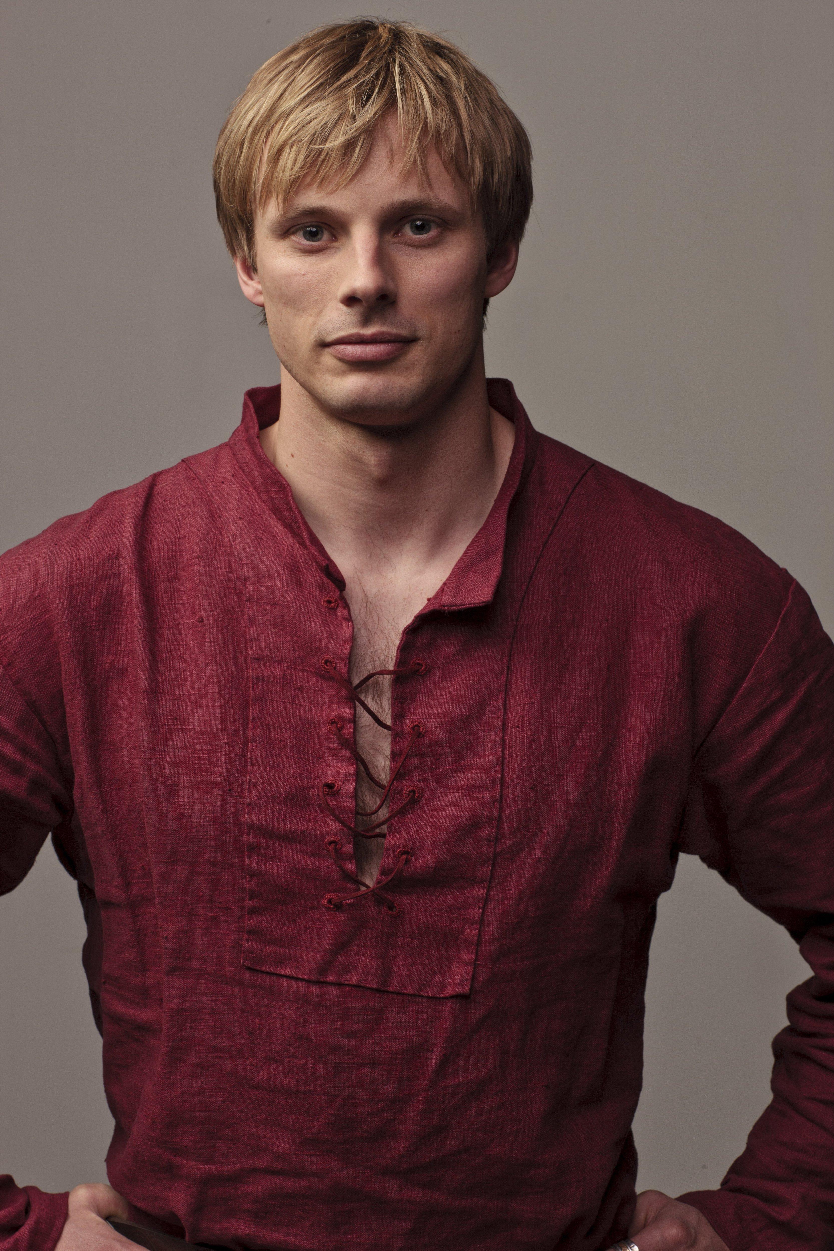 Merlin_5 season - Bradley James Photo (33435517) - Fanpop