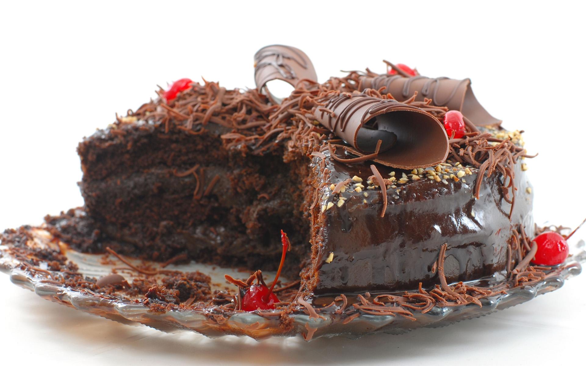 CHOCOLATE CAKE YUM! - Chocolate Photo (33481986) - Fanpop