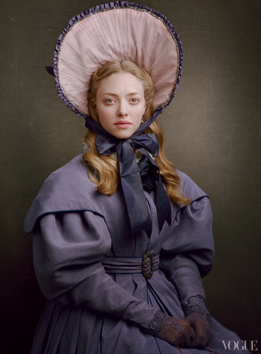 Les Miserables achtergrond with a bonnet titled Cosette