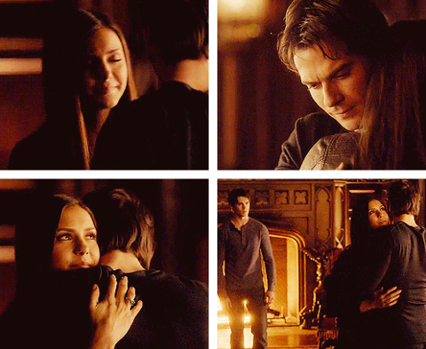 Damon & Elena 4X12 Hug