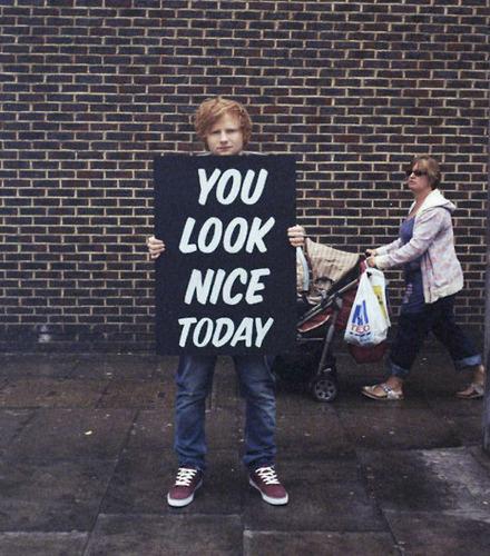 Ed Sheeran wallpaper with a sign titled Ed Sheeran ♔