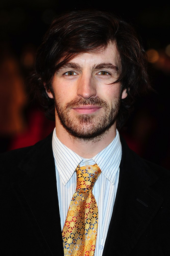 Eoin Macken Girlfriend http://www.fanpop.com/clubs/merlin-on-bbc/images/33409012/title/eoin-macken-nta-2013-photo