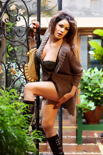 HOt Poonam Jhawer photos