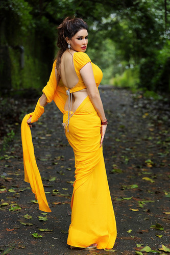 HOt Poonam Jhawer foto
