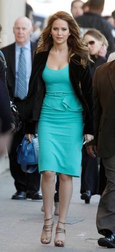 Jennifer arrives at Jimmy Kimmel Live 2013-01-31