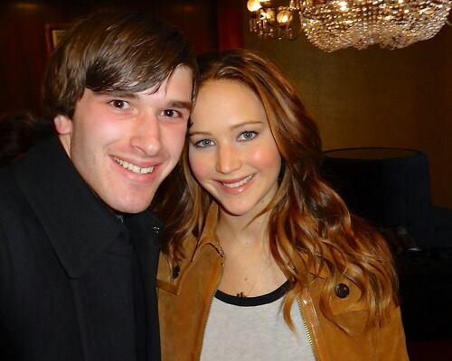 Jennifer with a người hâm mộ