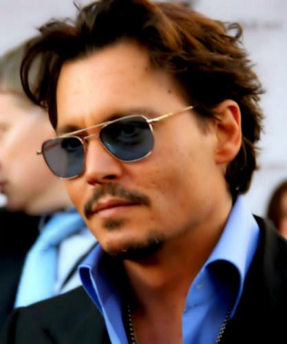 Johnny! *O*
