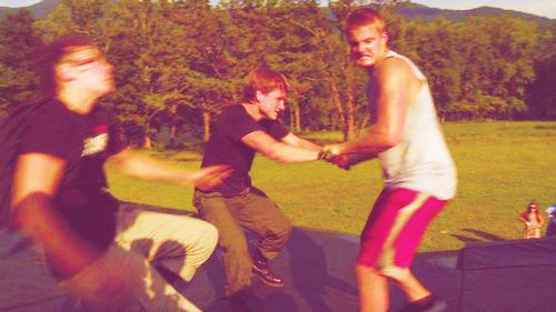 Josh Hutcherson and Alexander Ludwig on THG set