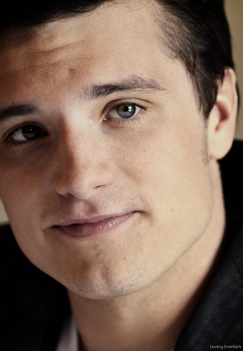 josh hutcherson wallpaper containing a portrait called Josh
