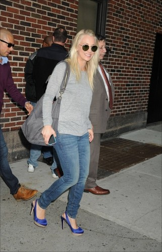 """Kaley visiting """"The Late mostra with David Letterman"""""""
