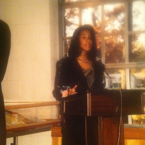 Little Aaliyah singing at someone's wedding