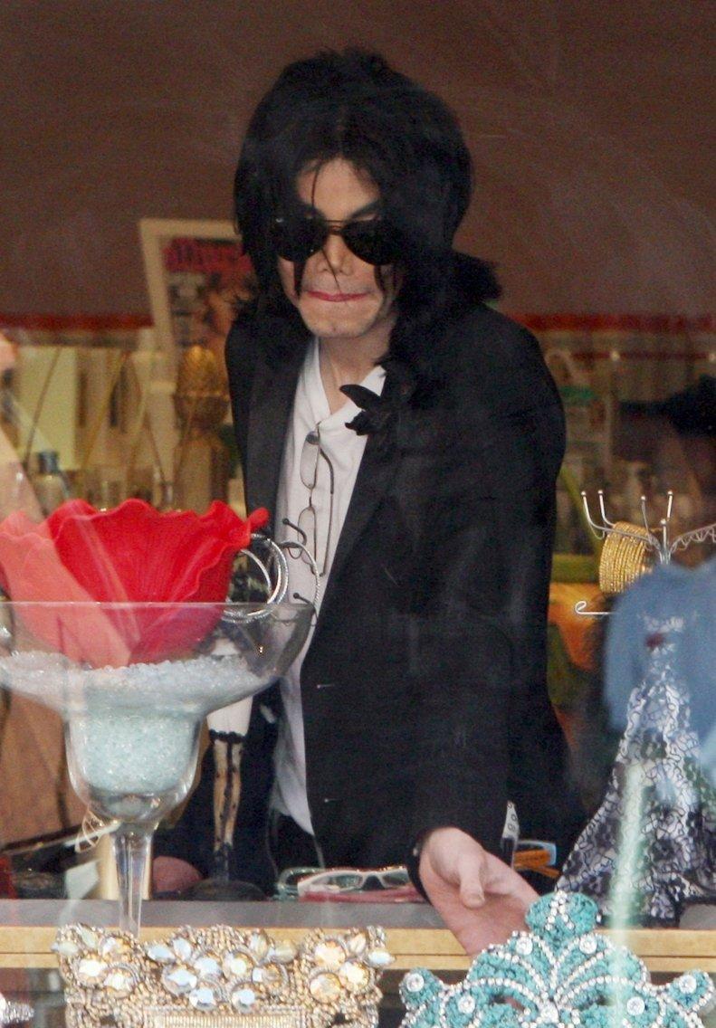 MJ - SHOPPING