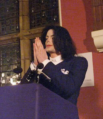 MJ praying
