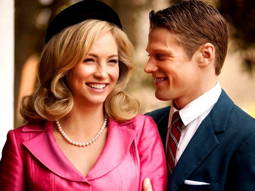 Matt & Caroline achtergrond