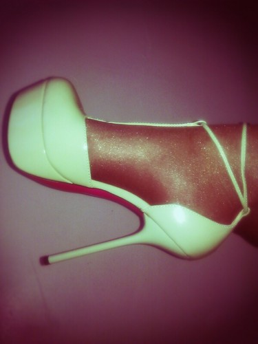My 1st ShoeDazzle heels