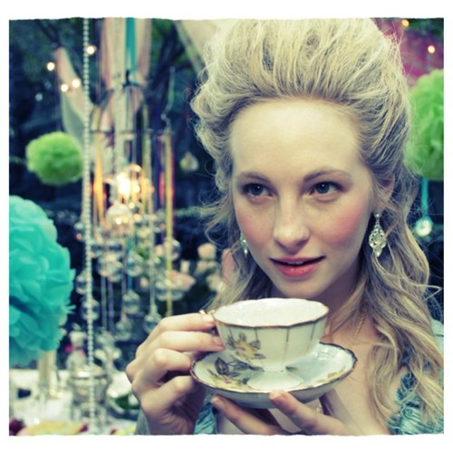 New Twitter pic - from Candice's tea party with friends {06/10/12}.