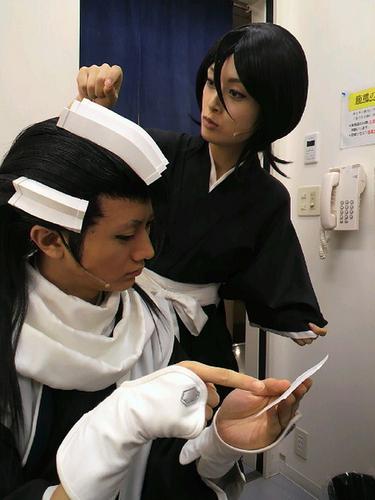 Outa-san (Byakuya) and Miki (Rukia)